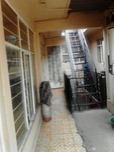 metro nezahualcoyotl venta de casa con 10 viviendas rentadas