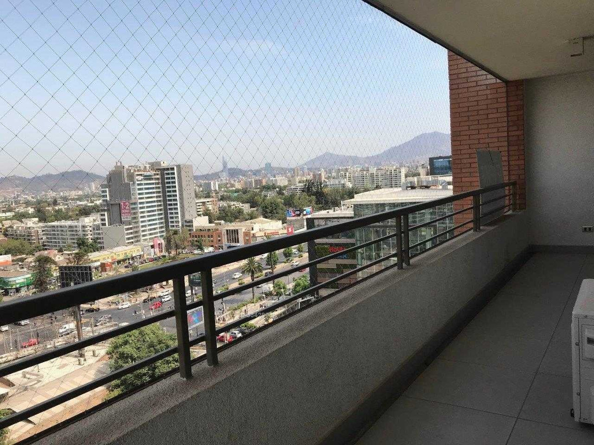 metro plaza egaña