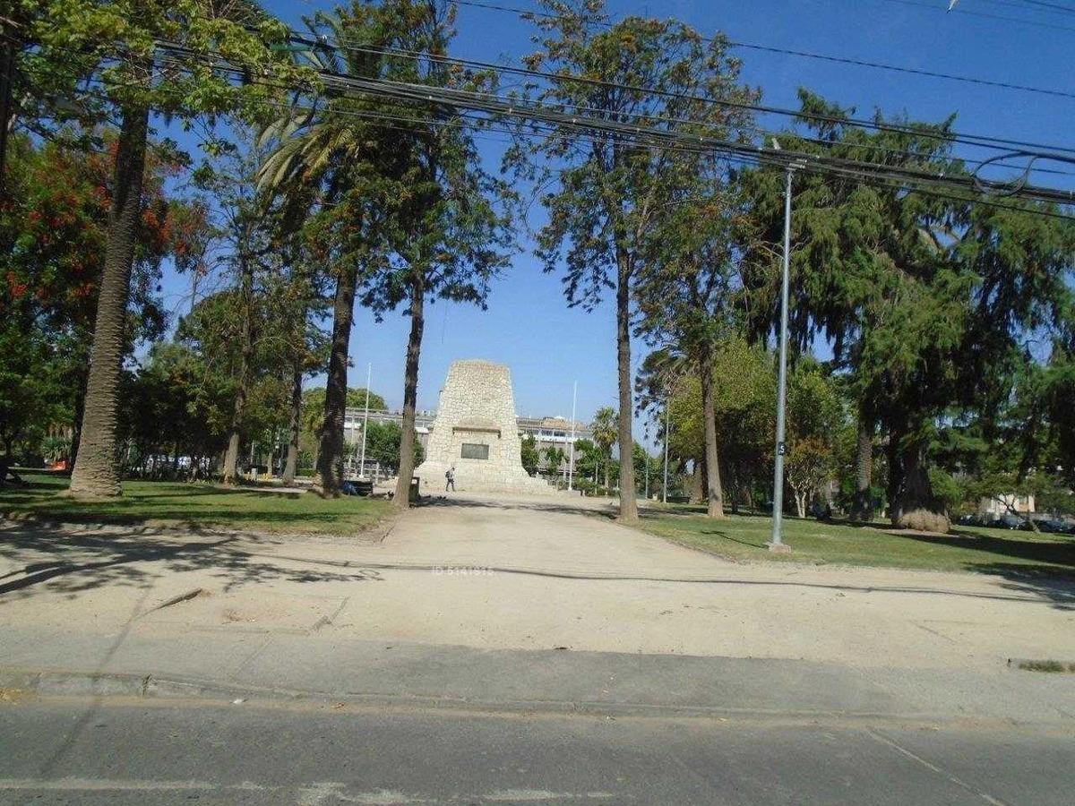 metro- plaza monumento- municipalidad de maipú