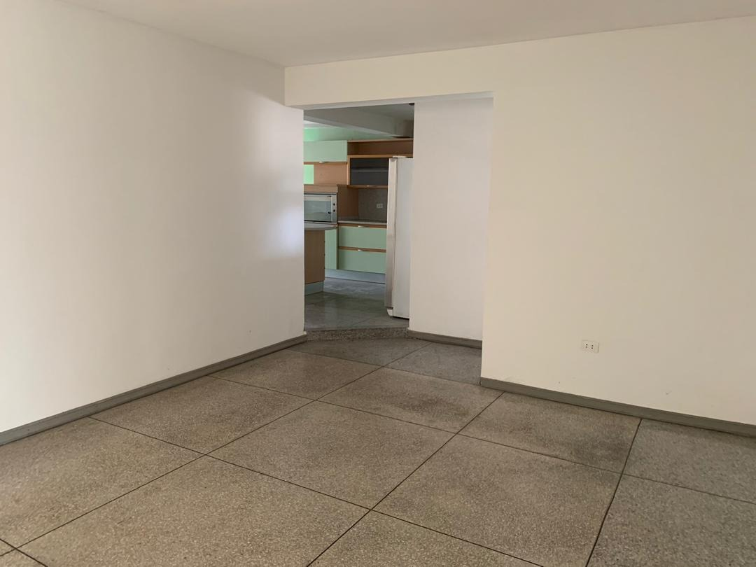 metroinmuebles vende casa trigal n. c/cerrada 04243230945