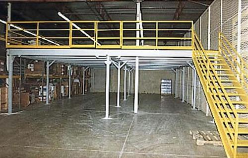 mezanino de aço seminovo estrutura metalica