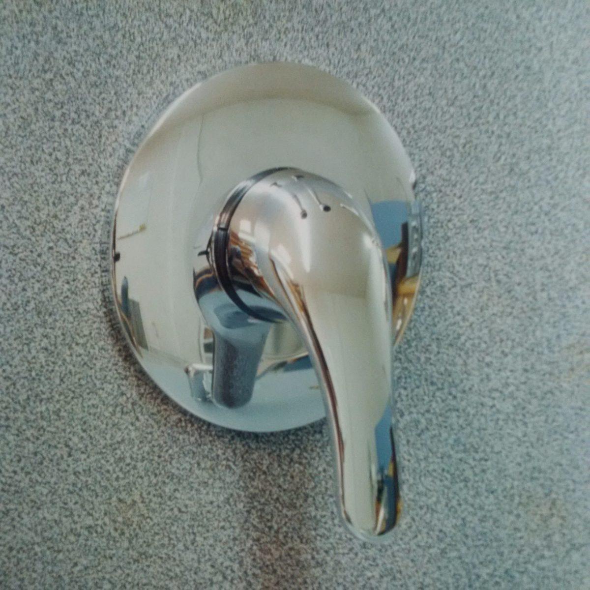 Mezcladora para regadera de empotrar de 3 vias for Embolo para llave de bano