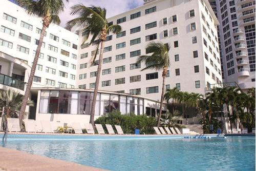miami  beach hotel casablanca con cochera.