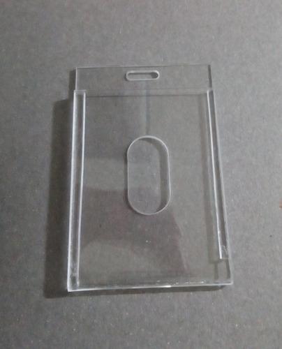 mica porta gafete rígida de acrilico t. credencial
