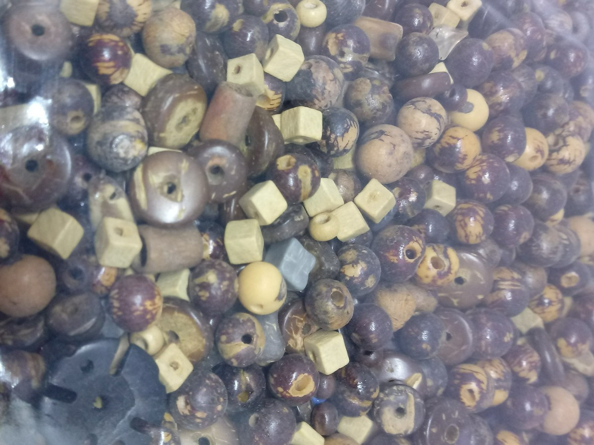 Miçanga Madeira Bijuteria Saco De 500gr Peça única R 1490 Em