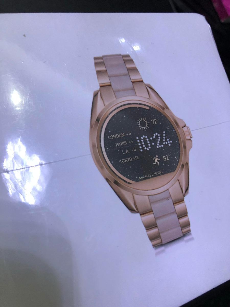 2d88a6bed47 Relógio Michael Kors Access Digital Rose Gold Madre Pérola - R ...