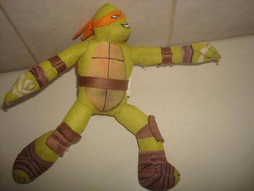 michelangelo das tartarugas ninjas da coleção mc donalds.
