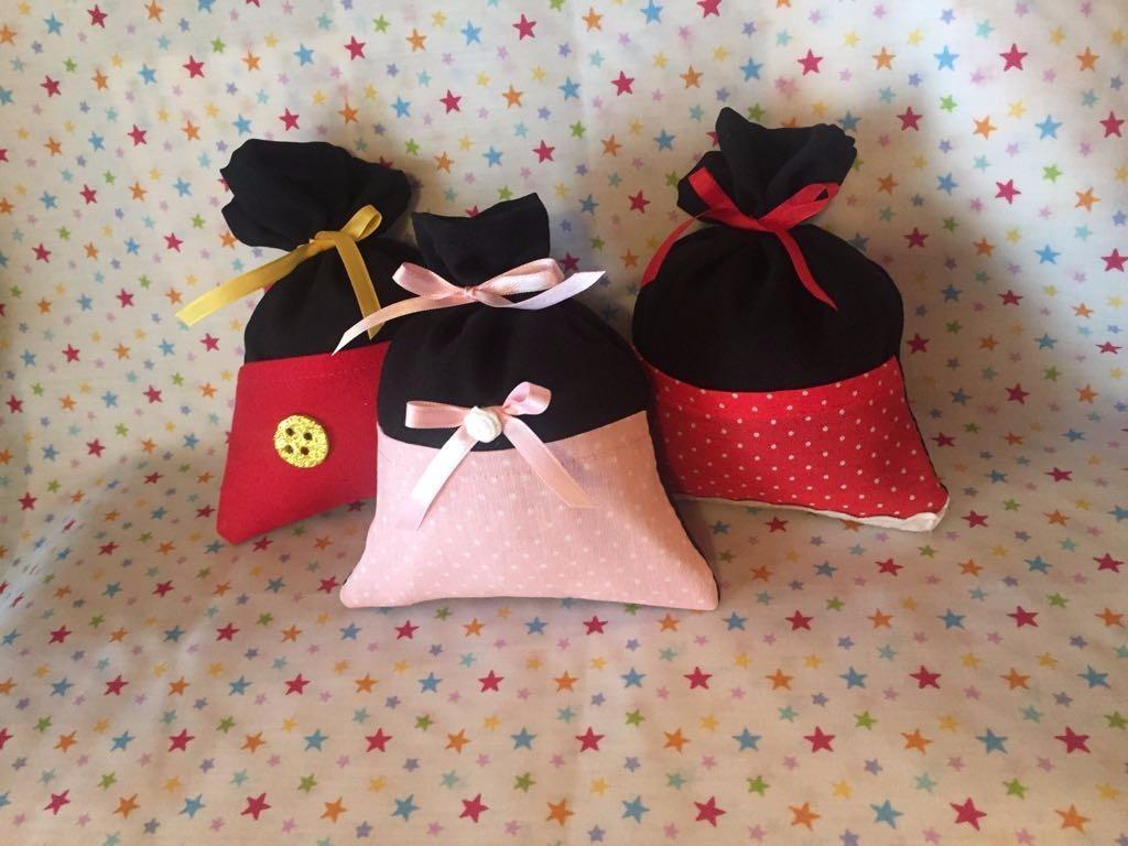 Mickey, Minnie Y Bebé Bolsitas De Tela Souvenirs! - $ 1.600,00 en Mercado  Libre