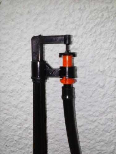 micro aspersor con estaca