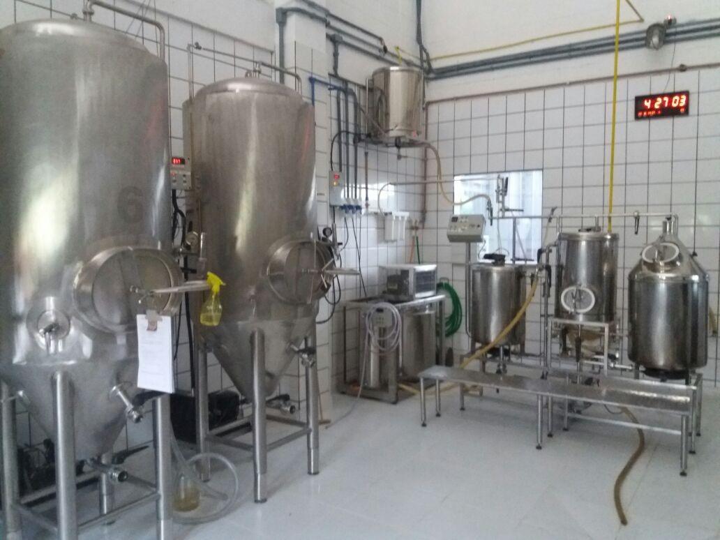 Micro cervejaria artesanal 100 litros tanque fermentador for Tanque hidroneumatico 100 litros