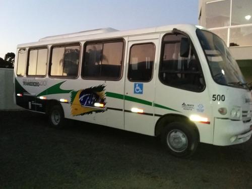 micro-ônibus rodoviário