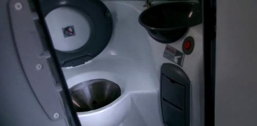 micro onibus volare w-l 33 lug.com banheiro (ler descriçao)