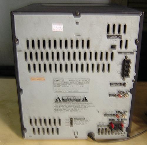 micro system aiwa nsx-500 para tirar peças ( ligando )