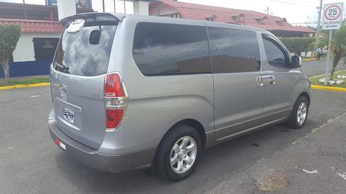 microbus 12 pasajeros 2015