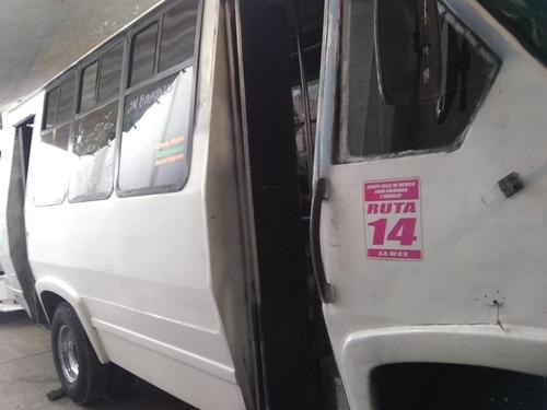 microbus ford prisma