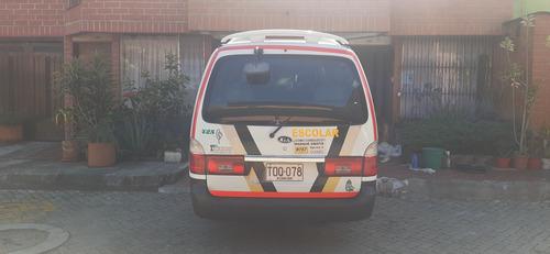microbus kia pregio 2012 (con contrato de empleados).