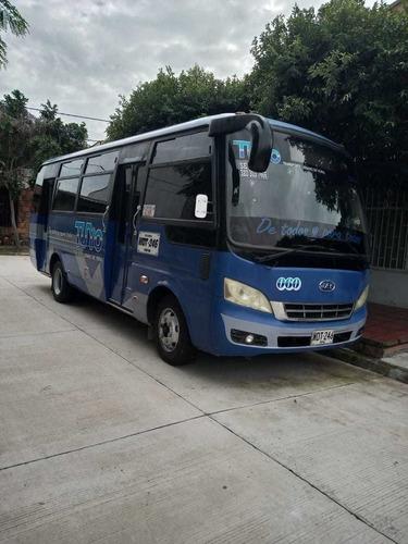 microbus modelo 2012, motor cummins, 120.000 k