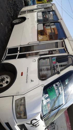 microbuses diferentes modelos y carrocerías