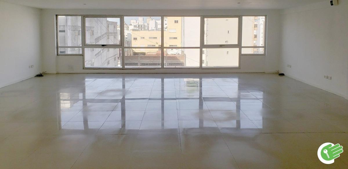 microcentro - oficina- 110 mts