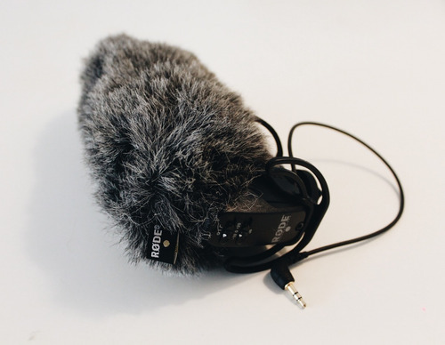 microfone rode videomic pro com deadcat