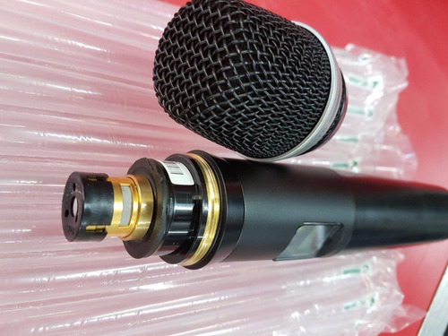 microfone sem fio akg wms 4500 d7 ht4500 s/copo de pilhas