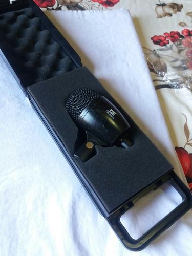 microfone tsi 8320/para bumbo e surdo..