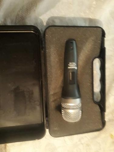 micrófono soundtrack pro 300