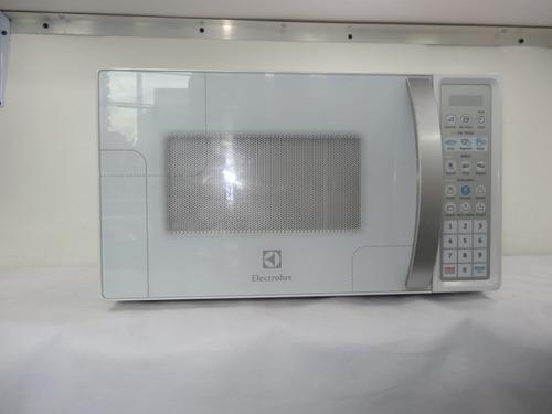 microondas electrolux modelo emdn20s3mlw con plato