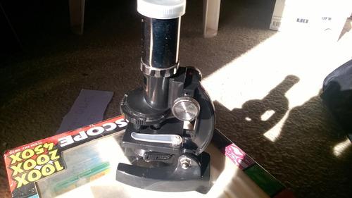 microscopio didáctico