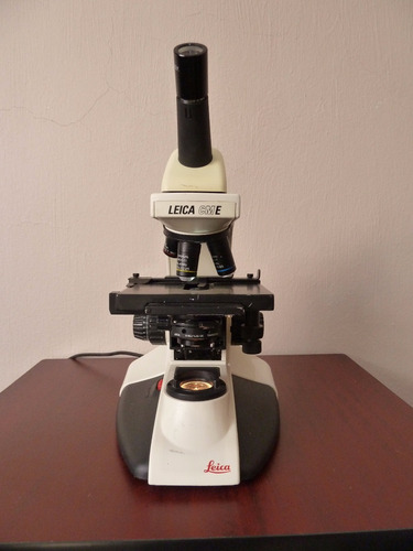 microscopio leica cme con 3 objetivos (inv 1626)