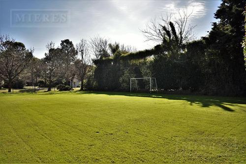 mieres propiedades- casa de 1414 mts en mayling club de campo