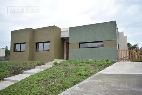 mieres propiedades- casa de 155 mts en pilar del este santa guadalupe