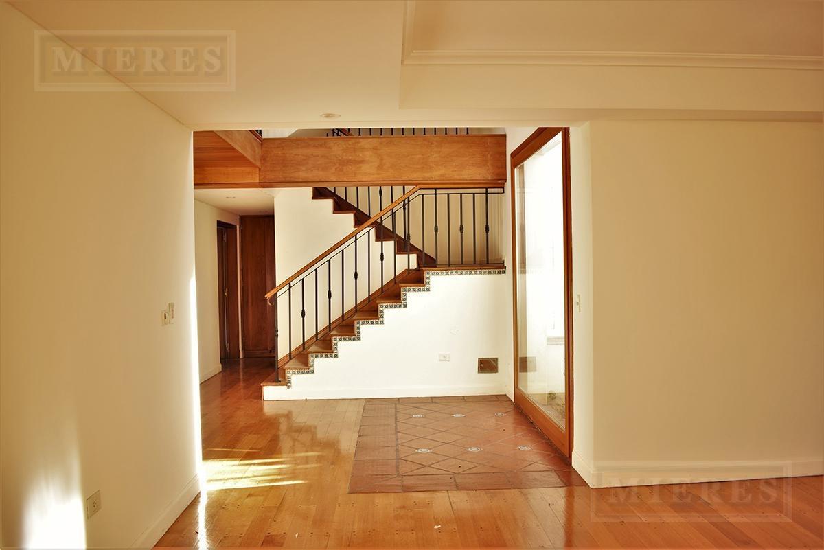 mieres propiedades - casa de 400 mts. en ayres de pilar