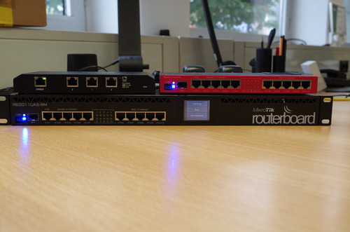 mikrotik routerboard rb2011uias-2hnd-in nivel 5 128mb 1000mw