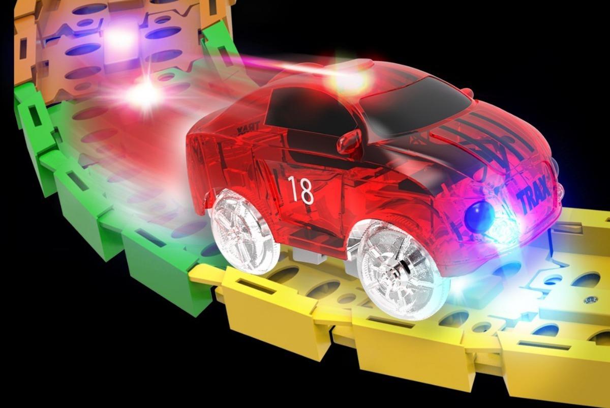 Carreras Que Enciende Led Pista Carros Luces Mindscope Con k0wPnO