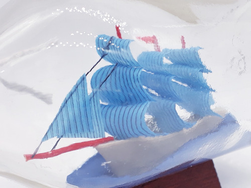 mini barco garrafa 6cm caravela veleiro madeira decoração