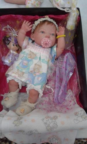 mini bebe reborn modelo nacional com 24 cm