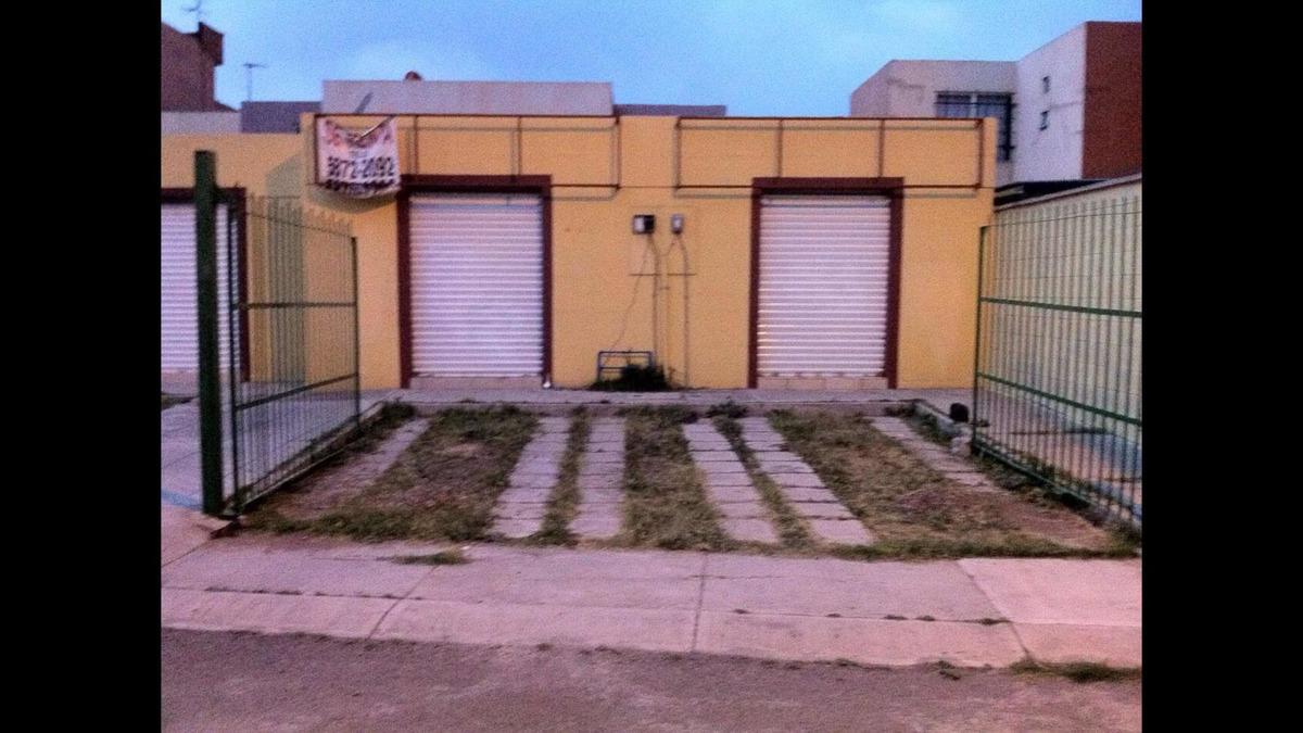 mini bodegas de 30m2 con baño zoteguela y estacionamiento