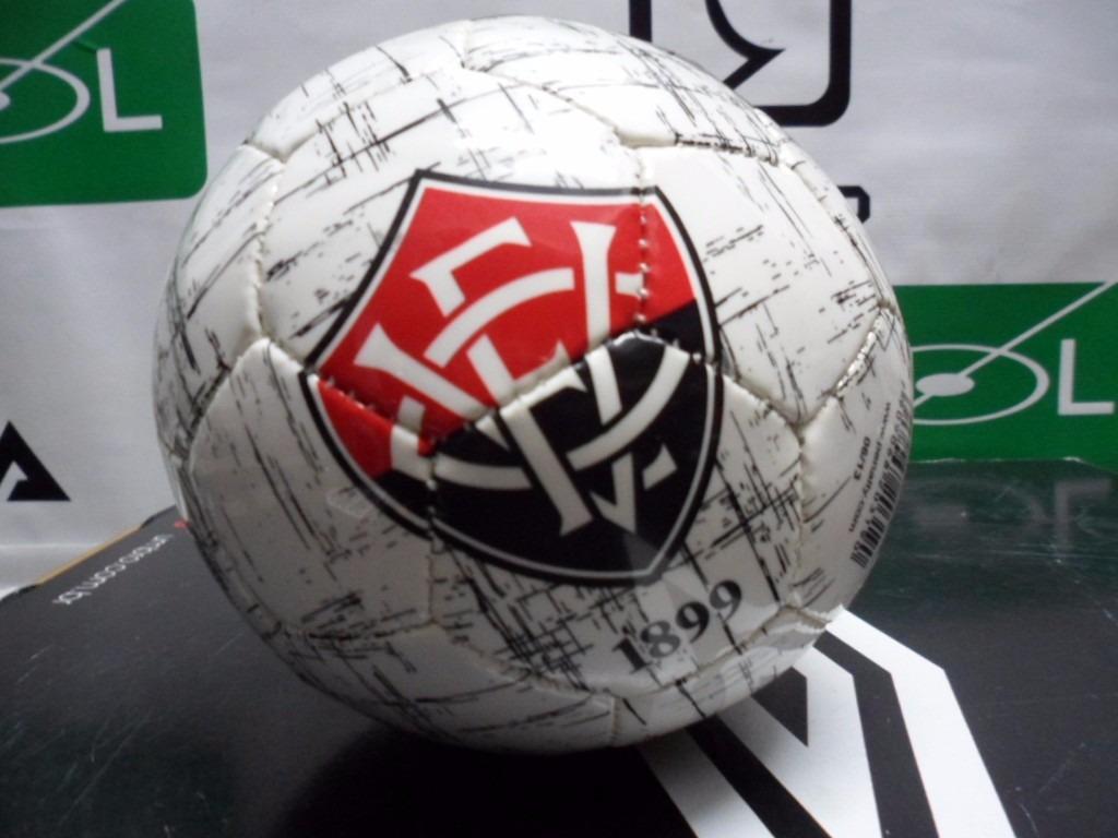 401e2fb9c mini bola de futebol de campo penalty vitoria. Carregando zoom.