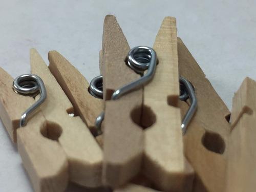 mini brochecitos importados 35mm ,de madera  cuadro marco !!