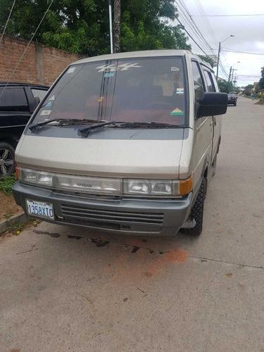 mini bus nissan vanette largo 2.0 super saloon 4wd 1991