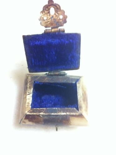 mini caixa indiana