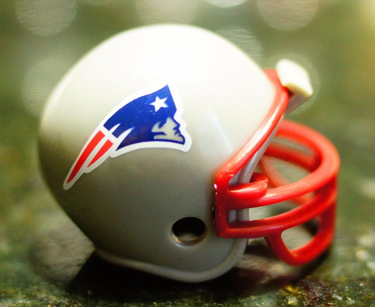 mini capacete nfl new england patriots - tom brady. Carregando zoom. 87bc90b86e94f