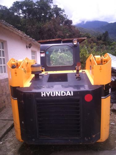 mini cargador hyudai hsl-850 7a ubicado en merida vzla.