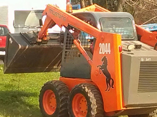 mini cargador retro bobcat