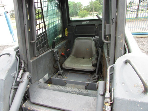 mini carregadeira new holland ls 170 - 02 unidades