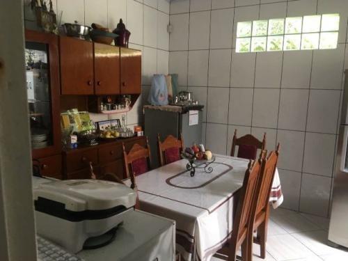 mini chácara com 2 quartos e piscina em itanhaém-sp!