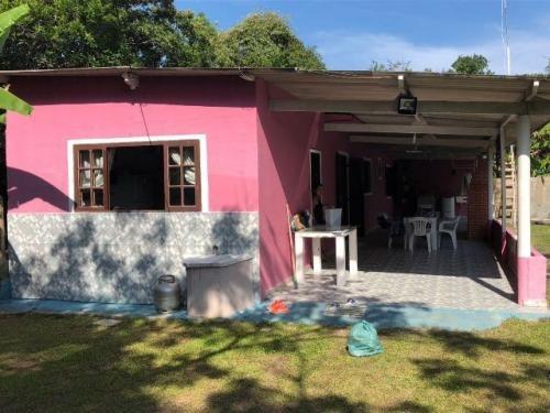 mini chácara murada, na praia, 2 quartos, arrumadinha!