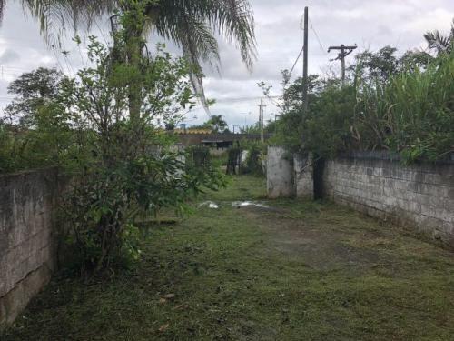 mini chácara no bairro sítio velho, em itanhaém