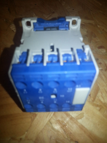 mini contactor thomelec 16a amp (ex telemecanique) 5th-m910
